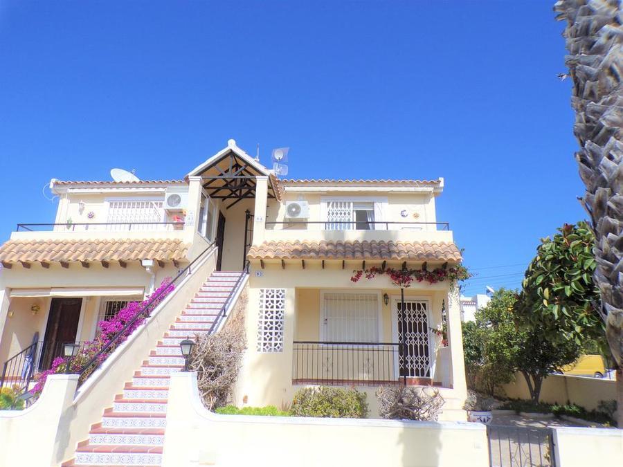 STLOP008: Apartment for rent in Villamartin