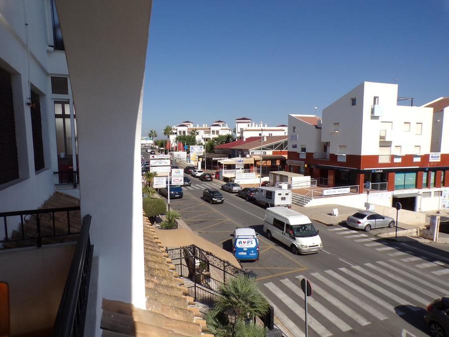 STVMP012: Apartment for rent in Villamartin