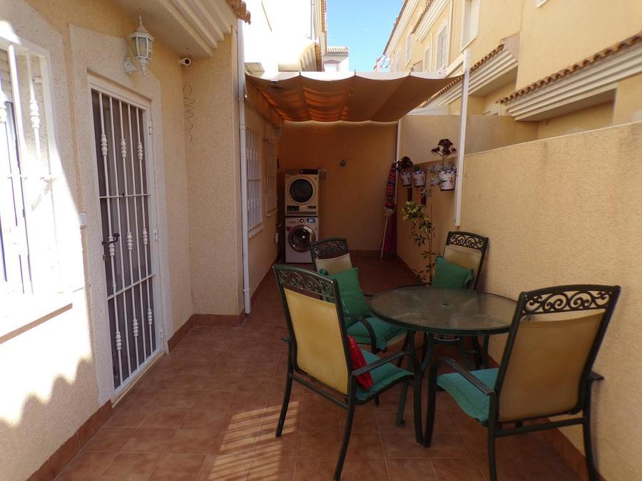 STFG017: Town house for rent in Villamartin