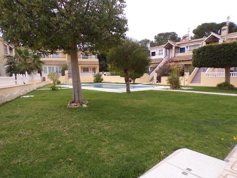 LTLG2002: Apartment for rent in Villamartin
