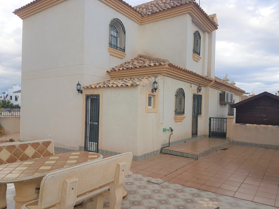 Ref:SN-35588 Villa For Sale in Villamartin