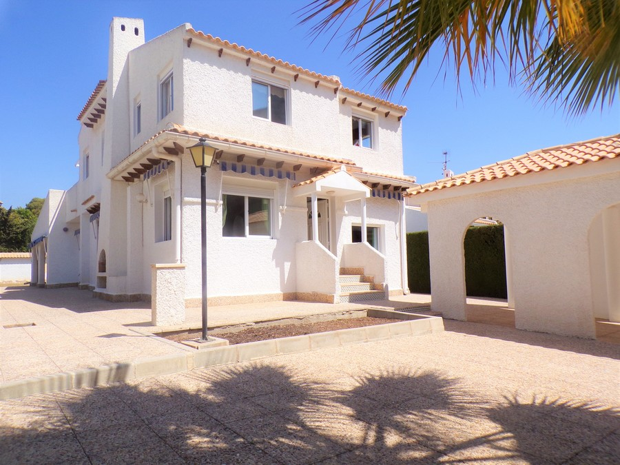 Ref:SN-29702 Villa For Sale in La Zenia
