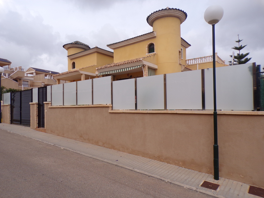 Ref:SN-88121 Villa For Sale in Villamartin