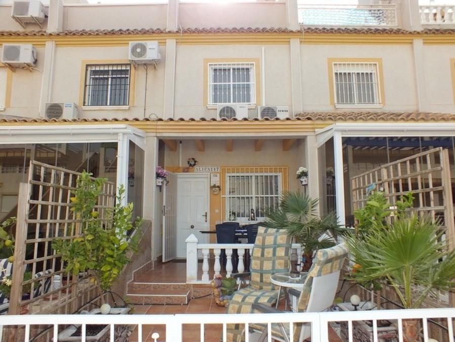 Ref:SN-91452 Townhouse For Sale in Villamartin