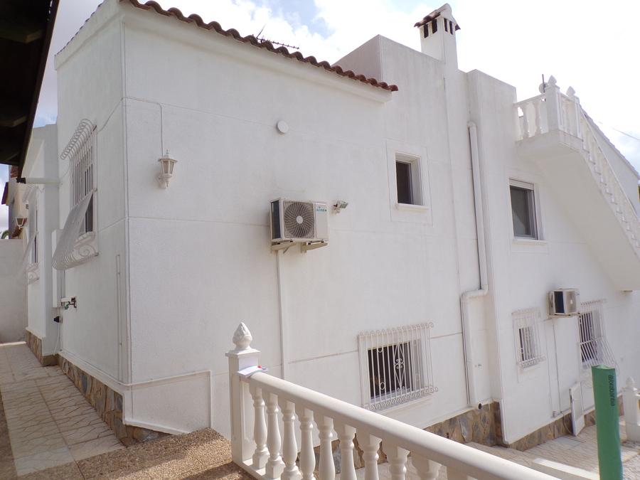 SUN536: Detached Villa for rent in Los Balcones